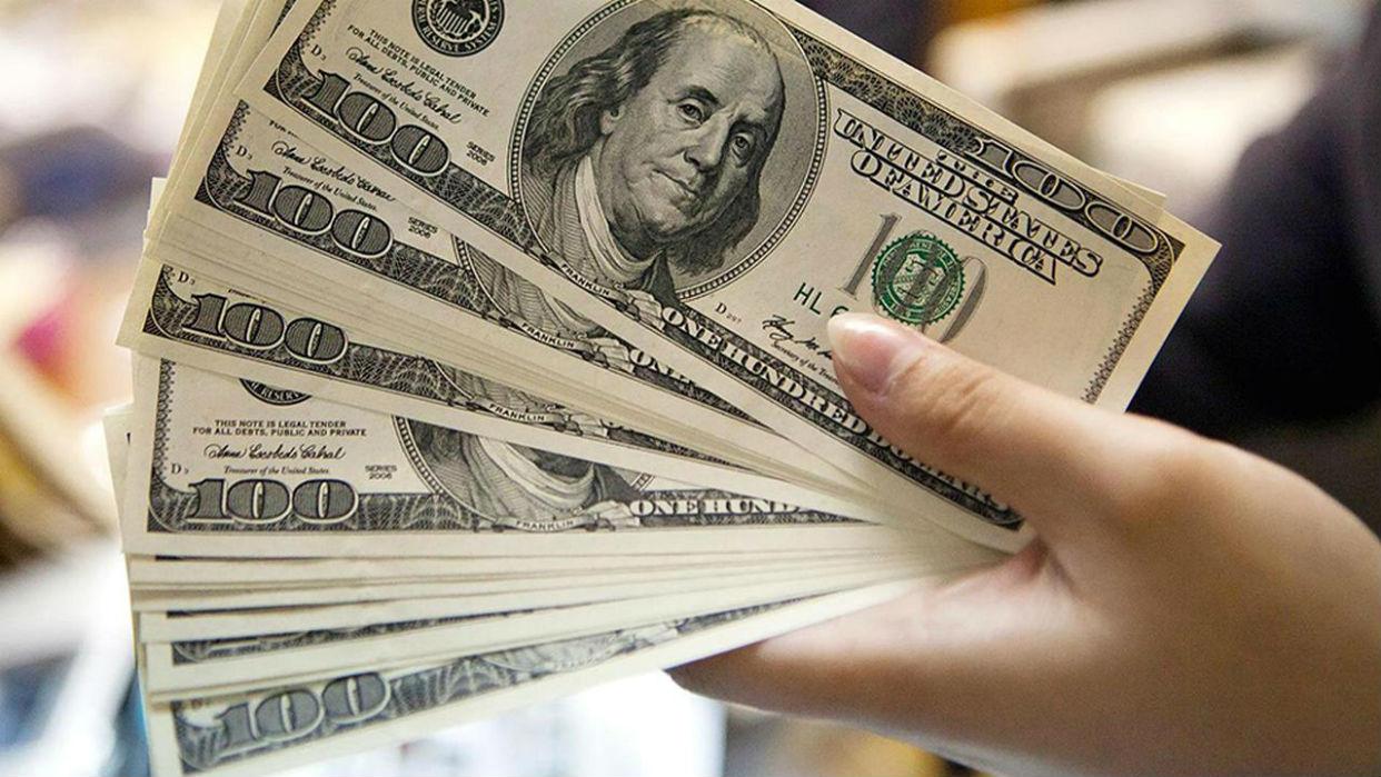 Imparable: otro récord del dólar blue, que llega a los $170